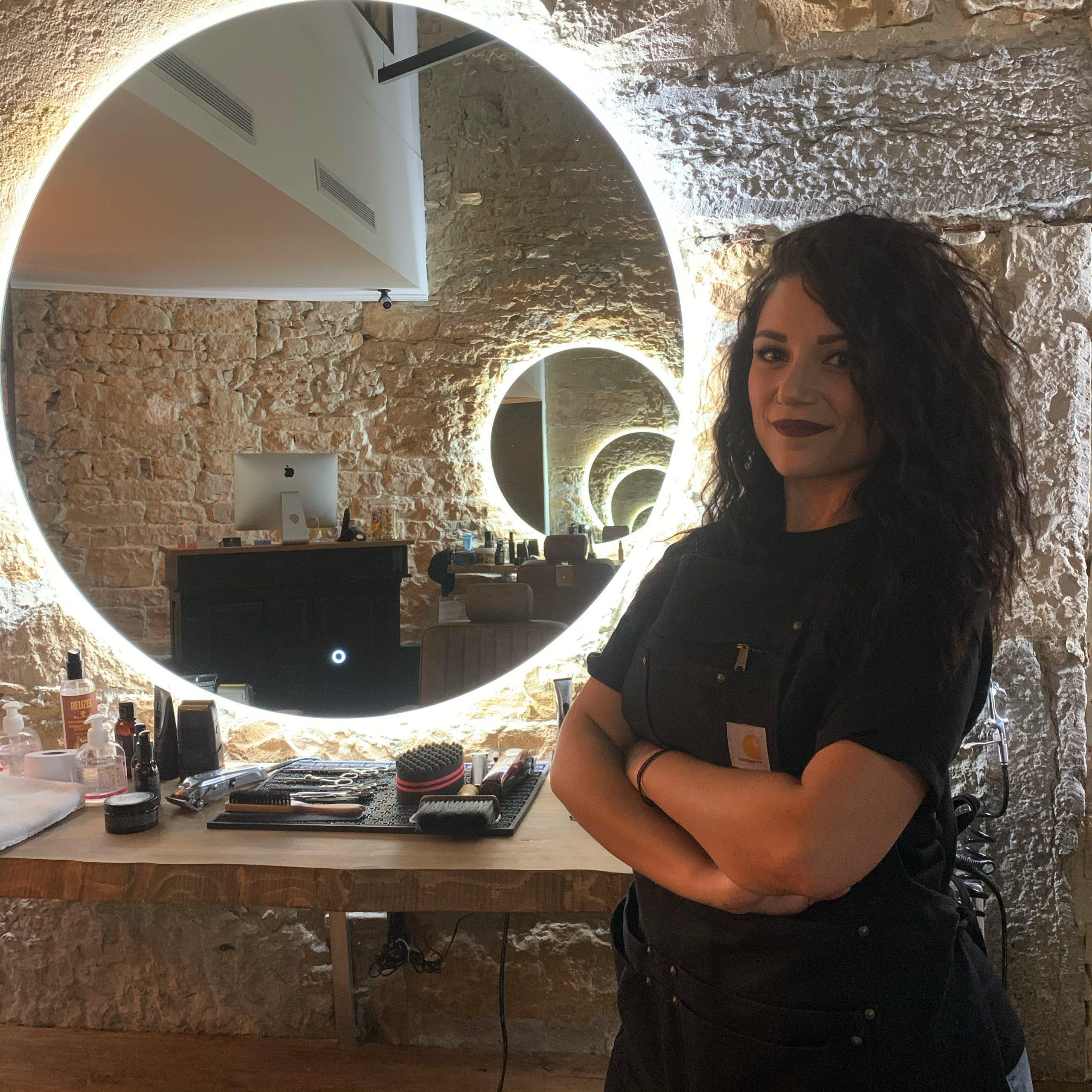 Karine coiffeuse Casa Barbershop Lyon